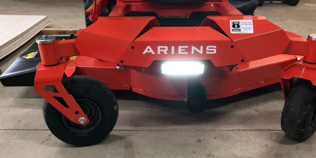 Areins Apex 52 - LED lights