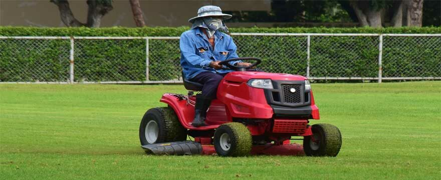 Husqvarna YTA24V48 48 Inch Riding Mower Review